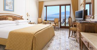 Grand Hotel de la Ville - Sorrento - Bedroom