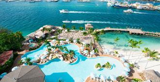 Warwick Paradise Island Bahamas - Adults Only - Nassau - Pool
