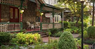 Cornerstone Bed & Breakfast - Philadelphia - Building