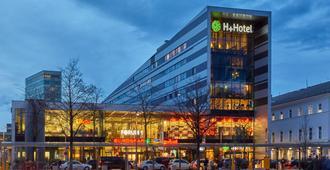 H+ Salzburg - Salzburg - Building