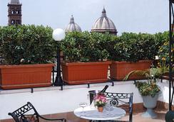 Hotel Palladium Palace - Rome - Attractions