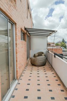 Apartamentos Regency La Feria - Bogotá - Balcony