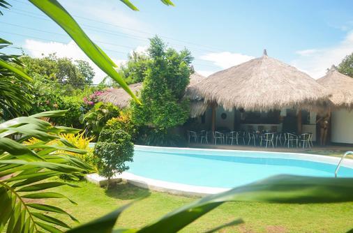 Vanilla Sky Dive Resort - Panglao - Pool