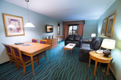 Ocean Park Inn - San Diego - Living room