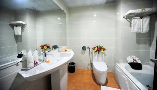 Midtown Hotel Hue - Huế - Bathroom