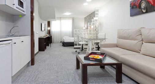 Hotel Dome Las Tablas - Madrid - Living room