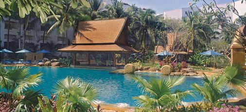 Avani Pattaya Resort & Spa - Pattaya - Pool