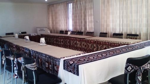Trans International Hotel - Nadi - Meeting room