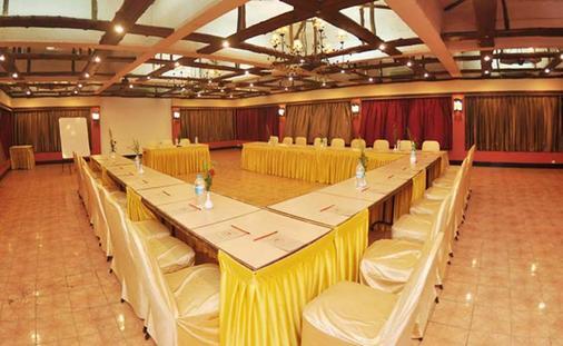 Treasure Island Resort - Lonavala - Meeting room