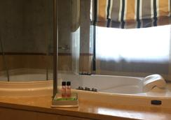 Hotel Carrobbio - Milan - Bathroom