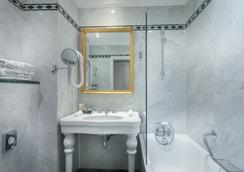 Grand Hôtel de L'Univers Saint-Germain - Paris - Bathroom