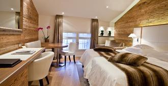 Hôtel Les Armures - Geneva - Bedroom
