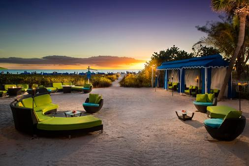 Guy Harvey Outpost - A Tradewinds Beach Resort - Saint Pete Beach - Beach
