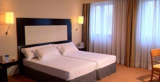 abba Burgos Hotel - Burgos - Bedroom