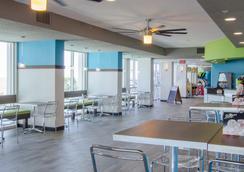 Crown Reef Resort - Myrtle Beach - Restaurant