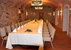 Rott - Prague - Restaurant