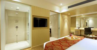Hotel Express Towers - Vadodara - Bedroom