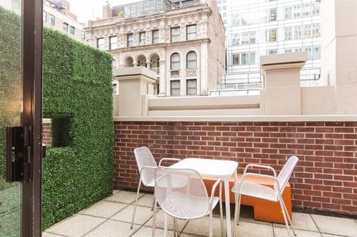 City Club Hotel - New York - Patio