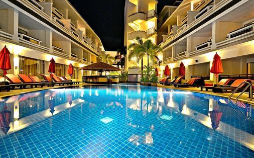 Swissôtel Resort Phuket Patong Beach - Phuket City - Pool