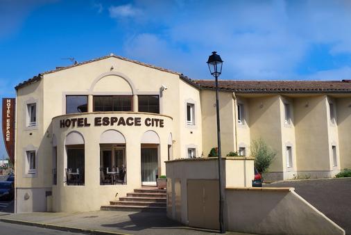 Hotel Espace Cité - Carcassonne - Building