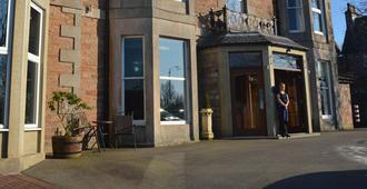 Beaufort Hotel - Inverness - Building