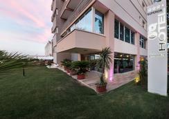 Hotel Ghirlandina - Rimini - Outdoor view