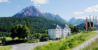 Altana - Scuol - Building