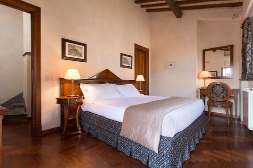 Hotel Teatro Pace - Rome - Bedroom