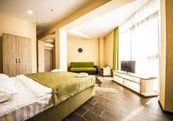 Hotel Pelikan - Krasnodar - Bedroom