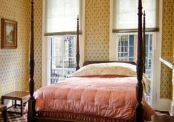 Nine-O-Five Royal Hotel - New Orleans - Bedroom