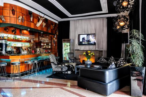 Chesterfield Hotel & Suites - Miami Beach - Bar