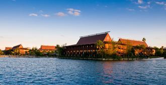 Disney's Polynesian Village Resort - Lake Buena Vista - Building