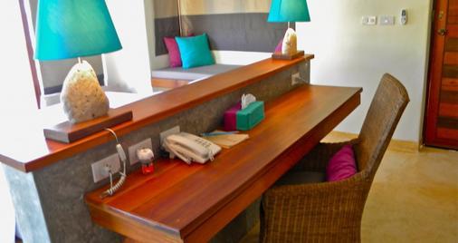 Sea Dance Resort - Ko Samui - Room amenity