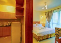 Lotos Inn & Suites - Nairobi - Bedroom