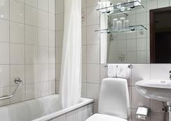 Hotel Holt - Reykjavik - Bathroom