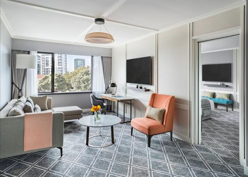 Cordis, Auckland by Langham Hospitality Group - Auckland - Living room