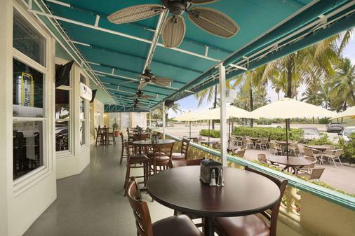 Broadmoor Miami Beach - Miami Beach - Patio