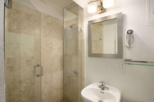 Broadmoor Miami Beach - Miami Beach - Bathroom