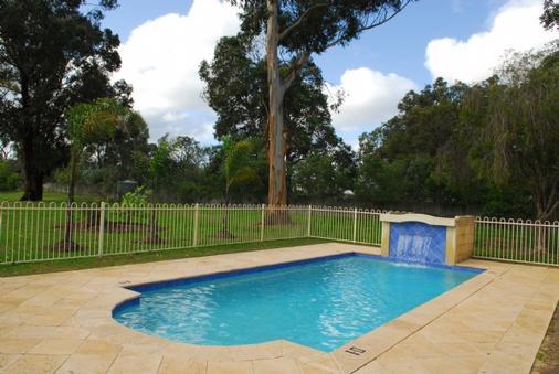 Wattle Grove Motel - Perth - Pool