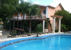 Palm Inn hotel - Port Au Prince - Pool