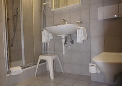 Hotel Beau Séjour - Leukerbad - Bathroom
