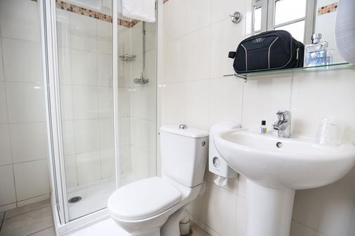 Le Montclair Montmartre by Hiphophostels - Paris - Bathroom