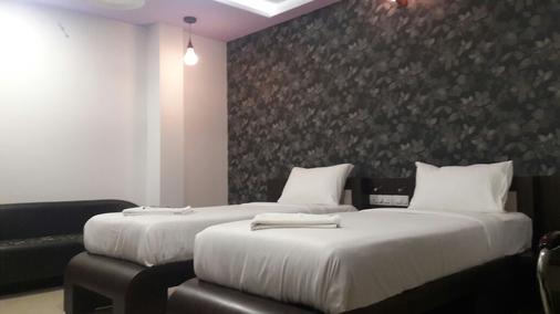Hotel Naivedya - Aurangabad - Bedroom