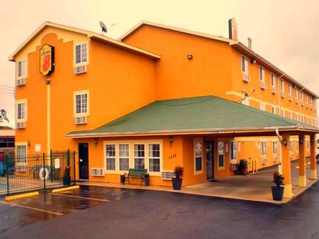 Stay Express Inn & Suites Seaworld/Medical Center - San Antonio