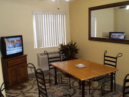 Stay Express Inn & Suites Seaworld/Medical Center - San Antonio - Restaurant