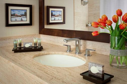 North Conway Grand Hotel - North Conway - Bathroom