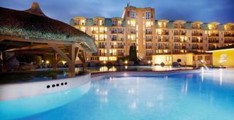 Hotel Európa Fit - Hévíz - Building