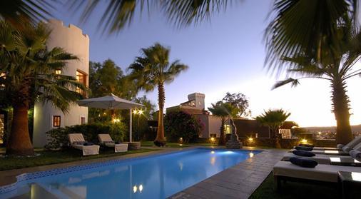 Hotel Heinitzburg - Windhoek - Pool