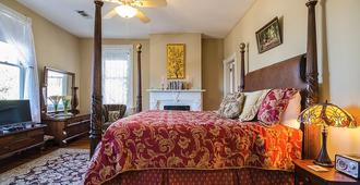 Starling's - Natchez - Bedroom