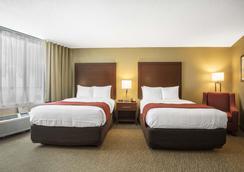 Comfort Inn Downtown - Memphis - Bedroom